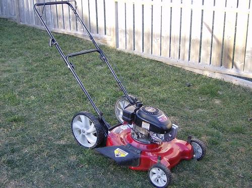 1280px-MTD Lawn Mower